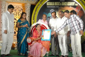 World Dance Day Puraskar 2011